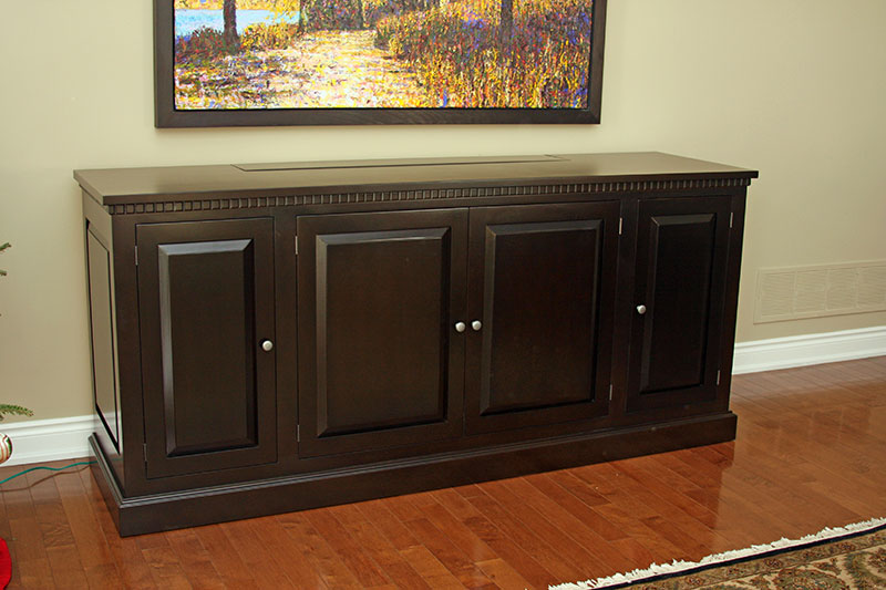 Solid Wood Buffet with Closed TV Lift